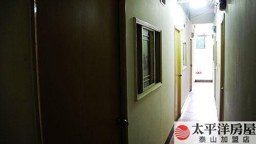 泰山買房賣屋絕美地段投資八雅房,新北市泰山區明志路
