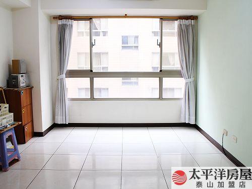 18甲星光2房車,新北市泰山區福興二街