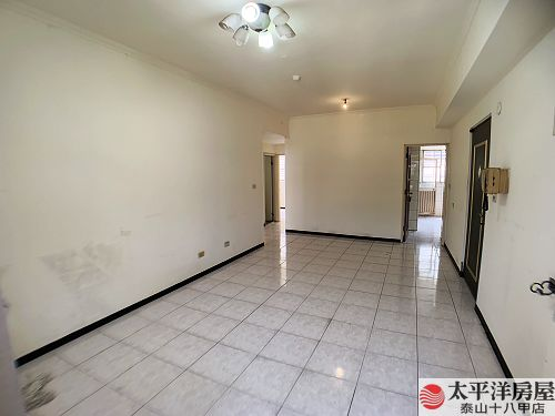 泰山買房賣屋全球低總價三房車,新北市泰山區泰林路二段