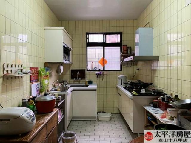 泰山買房賣屋近十八甲公園旁可停車壹樓,新北市泰山區明志路一段