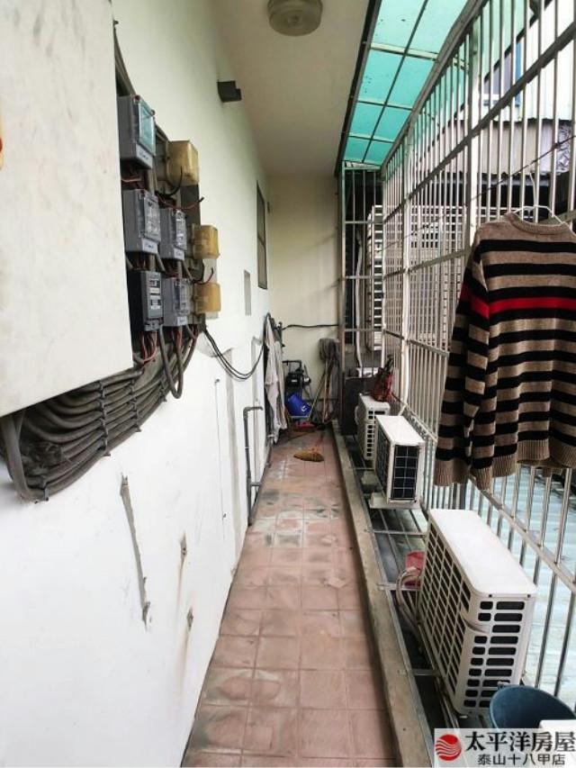 泰山買房賣屋銀行旁稀有金雞母,新北市泰山區楓江路