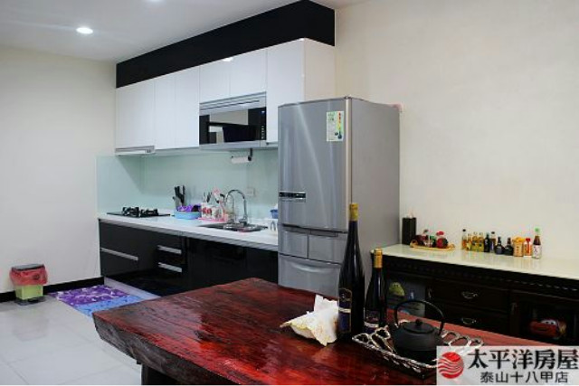 泰山買房賣屋亮麗簡約4房宅,新北市泰山區福德街