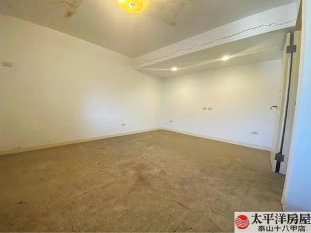 泰山買房賣屋稀有樓中樓美寓,新北市泰山區泰林路二段