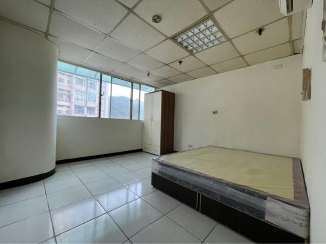 泰山買房賣屋丹鳳捷運電梯2房,新北市新莊區新北大道七段